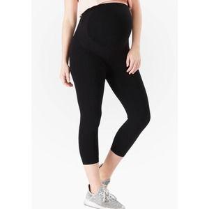 Belly Bandit NWT Bump Support Capri Leggings Black